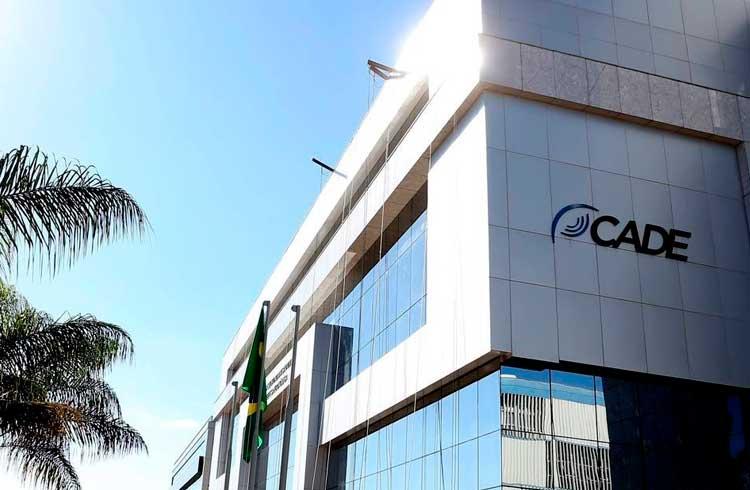 CADE investiga bancos por abuso de poder ao fecharem contas de exchanges de criptomoedas