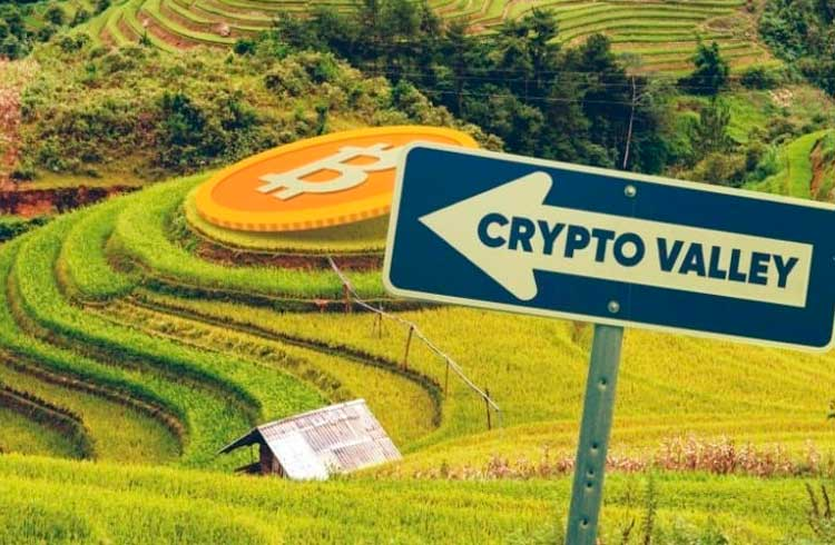 """""""Crypto Valley"""" suíço busca aumentar a participação feminina em seu conselho"""