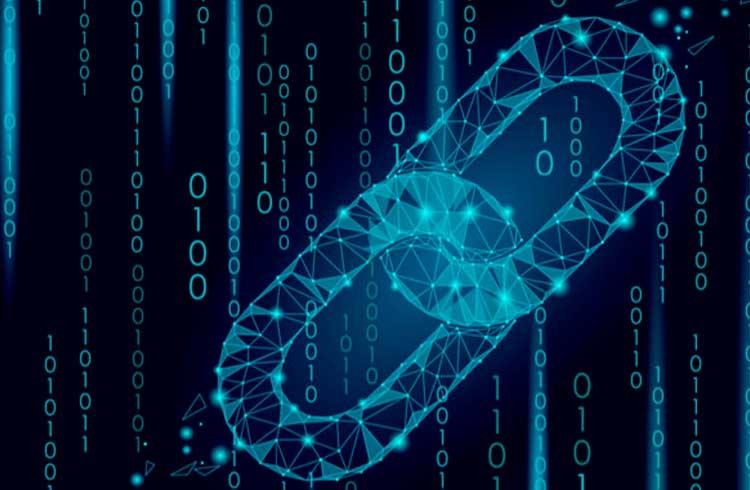 Empresa do homem mais rico da Índia adere à blockchain