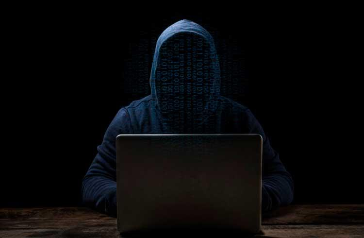 Hackers supostamente envolvidos em roubo de US$5 milhões em criptomoedas são detidos na Bulgária