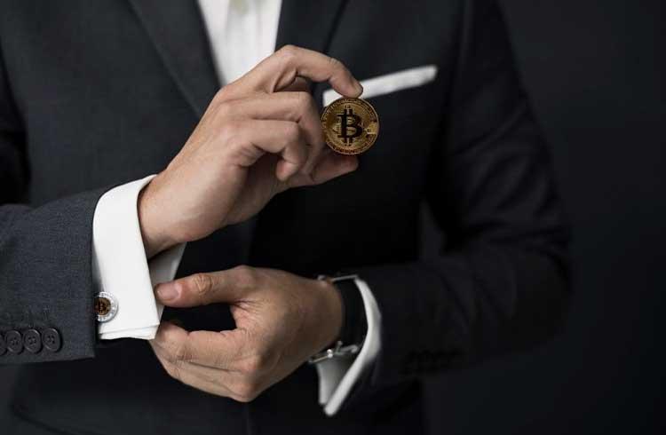Interesse por empregos na área de criptomoedas continua alto apesar da queda de preço do Bitcoin
