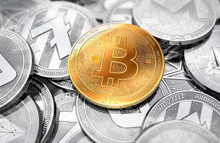 """Jamie Dimon comenta sobre o Bitcoin mais uma vez e diz que """"não dá a mínima pra isso"""""""