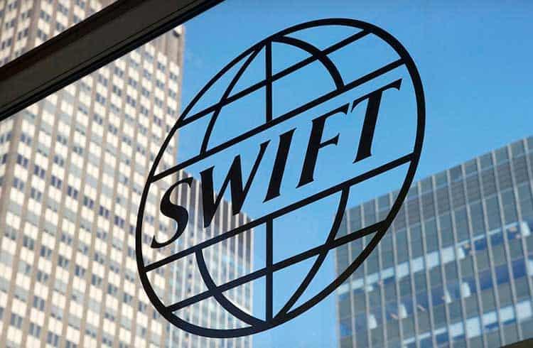 CEO da Swift anuncia integração com consórcio de blockchain R3 durante evento em Paris