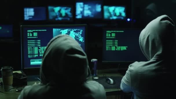 Relatório aponta que dois grupos foram responsáveis por 60% dos hacks de exchanges