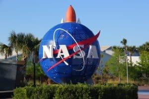 NASA mira blockchain para proteger dados de vôo de aeronaves