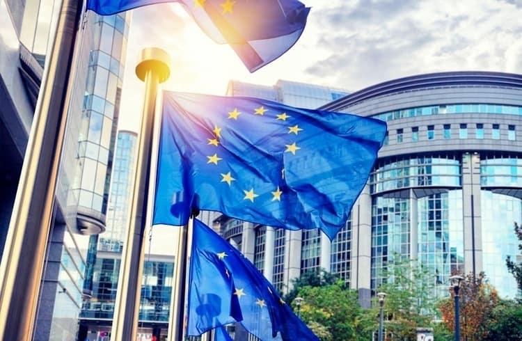 União Europeia anuncia associação de blockchain; Swift, IBM e Ripple integram o grupo