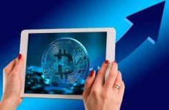 Bitcoin tem apresentado altas taxas transacionais