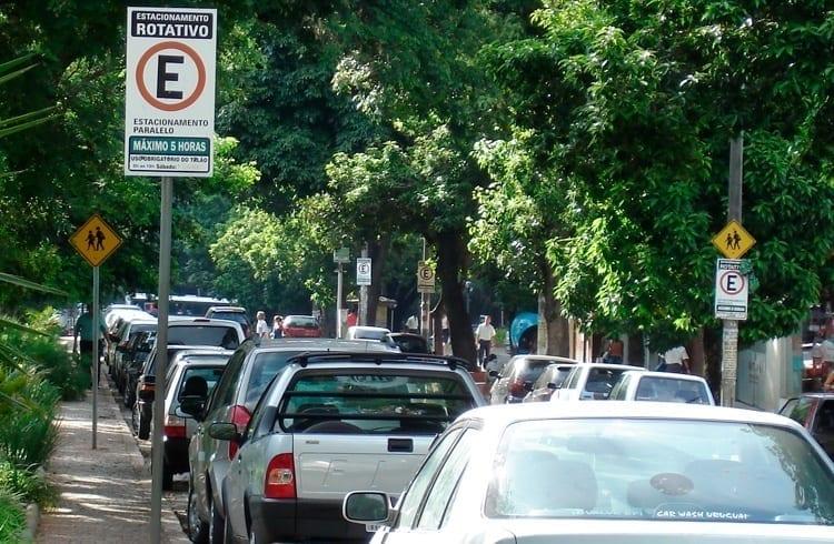 Parceria entre Prefeitura de Belo Horizonte e Microsoft leva blockchain para estacionamento rotativo de rua