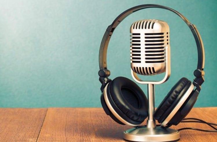 Sem o que fazer no fim de semana? Confira alguns podcasts do universo das criptomoedas