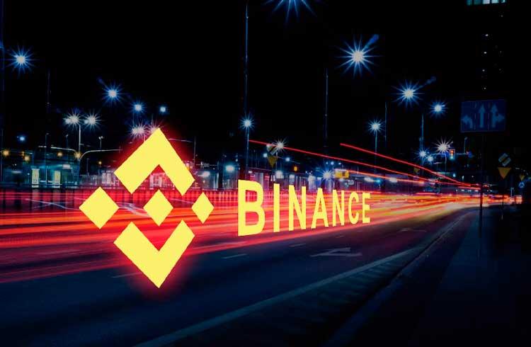 Bitcoins roubados da Binance estão sendo novamente movimentados