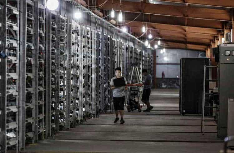 Sem ASICs a pronta entrega, máquinas de segunda mão dobram de preço na China