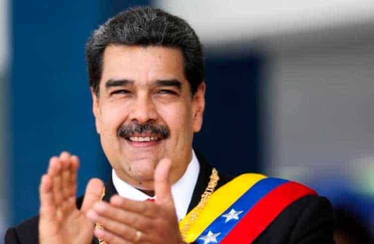 Presidente da Venezuela ordena que maior banco do país disponibilize Petro a seus clientes