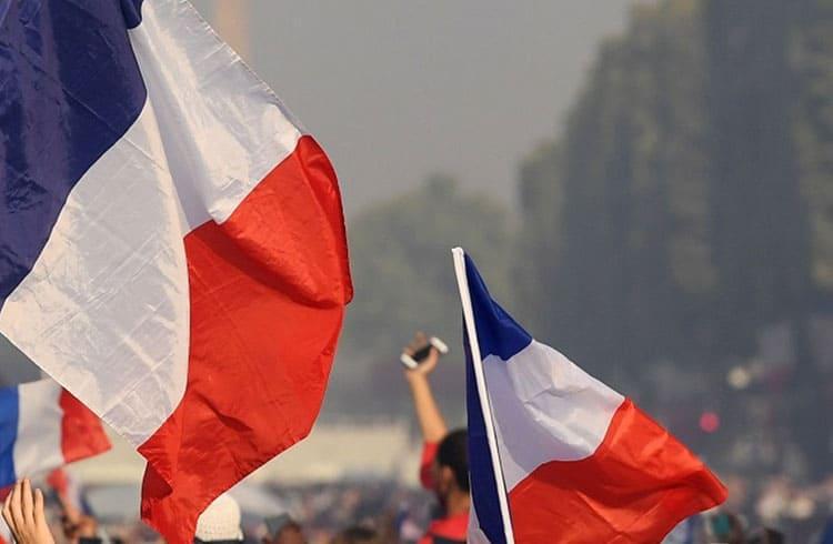 França deve aprovar a operação das primeiras empresas de criptoativos do país este mês