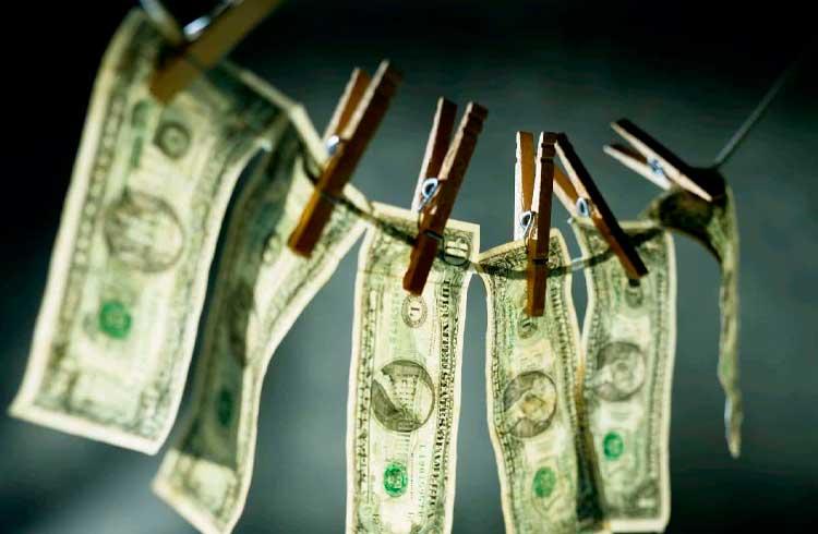 Relatório mostra que a cada US$1 gasto em criptomoedas na deep web, US$800 são lavados no sistema tradicional
