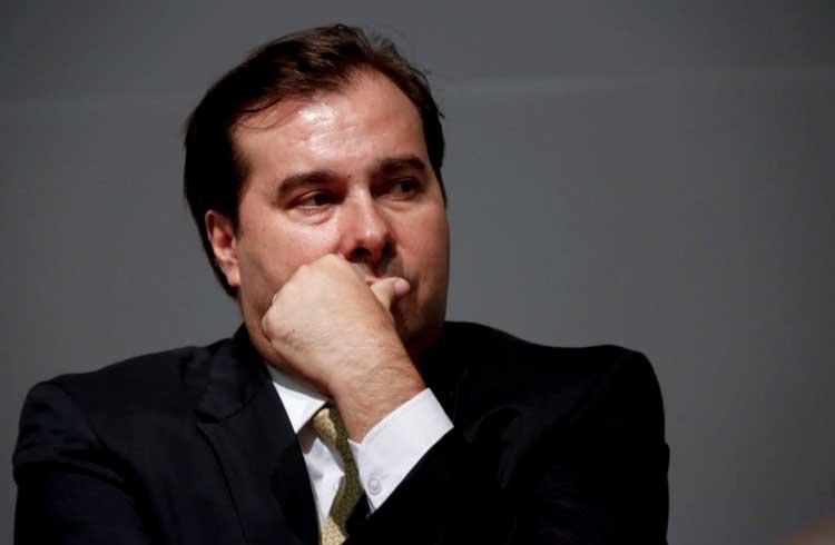 Rodrigo Maia define deputados que avaliarão projetos de lei para regulação de criptoativos no Brasil
