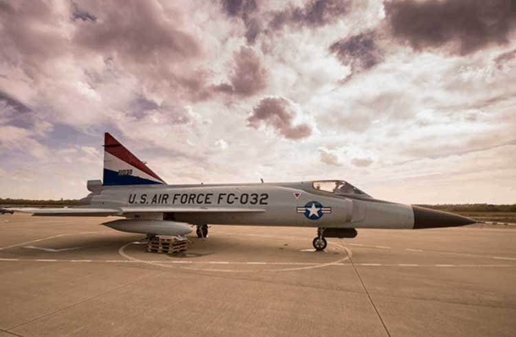 Força aérea dos EUA fecha contrato com startup de blockchain para gestão de Big Data