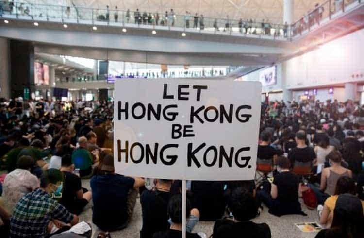 Líder de protesto em Hong Kong quer incitar corrida contra bancos chineses; Criptoativos podem se beneficiar