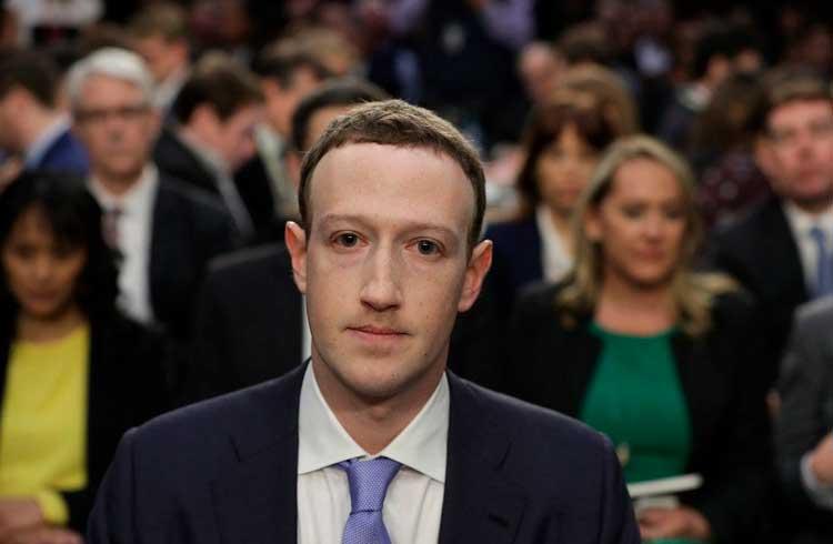 """Mark Zuckerberg é """"sabatinado"""" por políticos durante jantar nos EUA"""