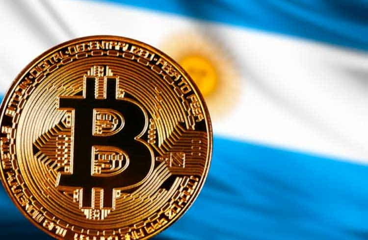Restrição de compra de dólares na Argentina pode impulsionar uso do Bitcoin