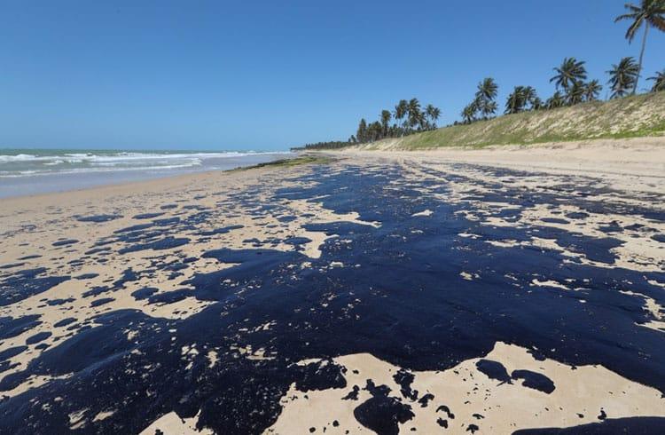 Blockchain poderia auxiliar em desastre petrolífero no Nordeste do Brasil