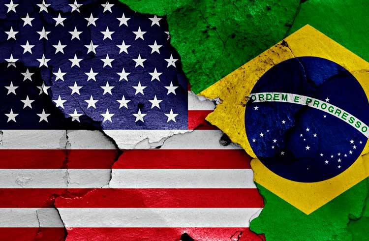 Os dois lados da moeda: o mercado de Bitcoin no Brasil e nos EUA