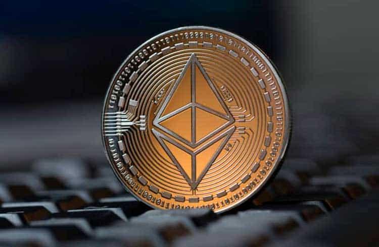 Ethereum pode romper triângulo simétrico e subir para US$197 em breve