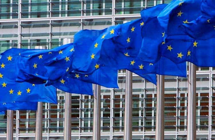 União Europeia planeja sistema de pagamentos instantâneos para reduzir dependência dos EUA