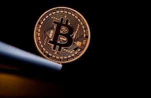Bitcoin é cotado a US$7.100 neste início da semana; MINDOL entra no top 20