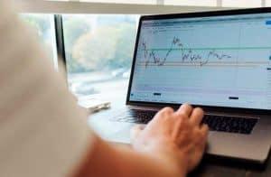 OKEx lançará negociação de opções de Bitcoin ainda este mês; Grupo CME fica pra trás