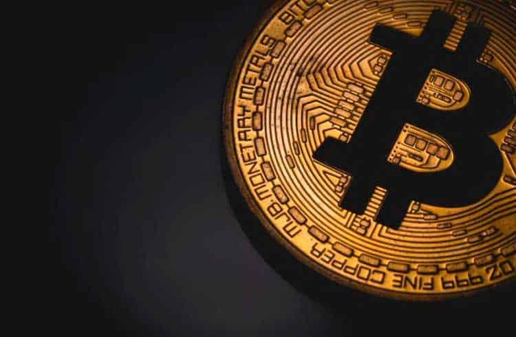 Bitcoin segue em alta e é cotado acima dos US$9.300
