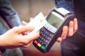 eToro planeja lançar cartão de débito de criptomoedas em 2020