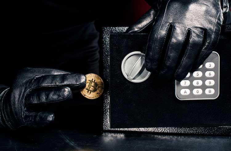 Funcionário é demitido e rouba 182 Bitcoins de seus amigos como vingança