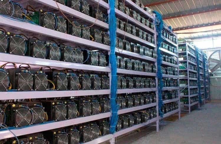 Cazaquistão e Uzbequistão podem virar pólos de mineração de Bitcoin