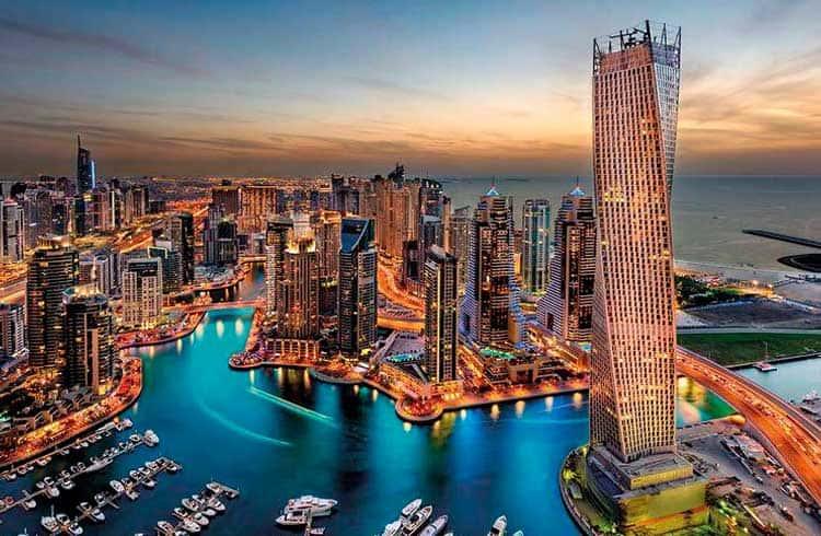 Governo dos Emirados Árabes Unidos planeja registrar dados de saúde da população em blockchain