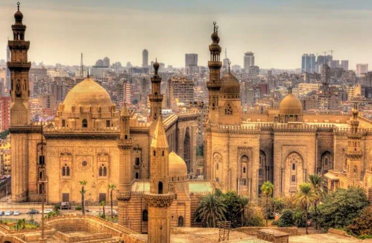 Maior banco do Egito faz parceria com Ripple para remessas de dinheiro
