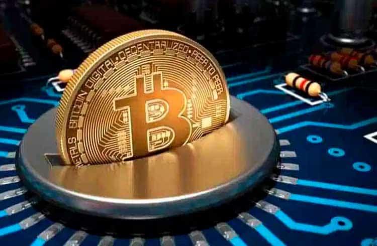 Taxa média do Bitcoin cai mais de 90% em relação a dezembro de 2017
