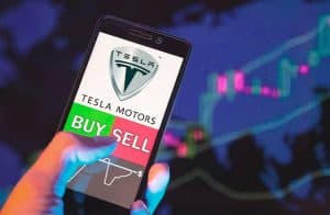 Tesla 2020 x Bitcoin 2017: confira as semelhanças entre os ativos