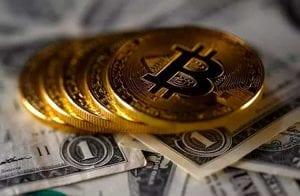 Bitcoin se recupera e dólar fecha acima de R$5,00 pela primeira vez na história