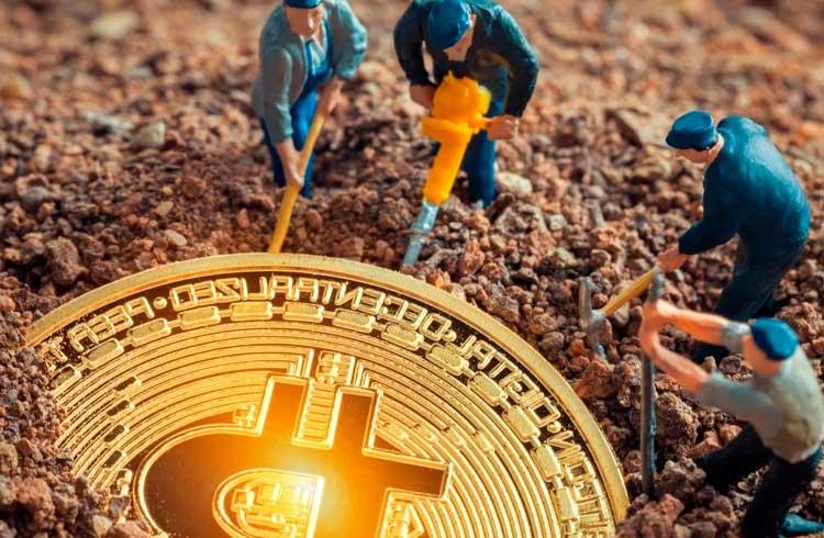 Queda no preço do Bitcoin torna mineração deficitária mesmo com equipamentos novos
