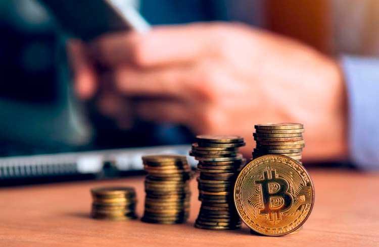 Usuários retiram 160 mil bitcoins das exchanges em apenas 15 dias