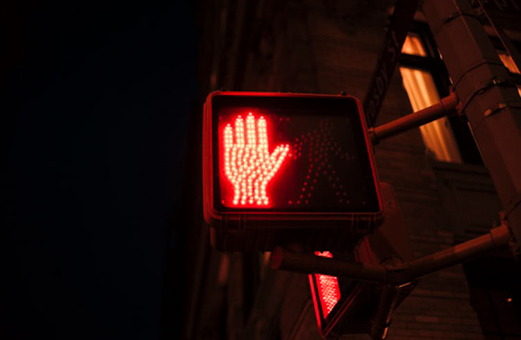 CVM anuncia mais duas stop orders para empresas de forex