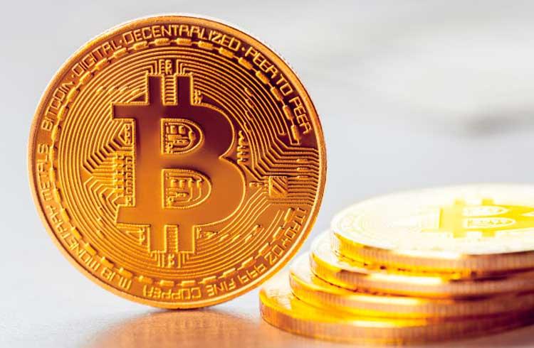 Bitcoin pode se beneficiar com recorde de depósitos em poupança