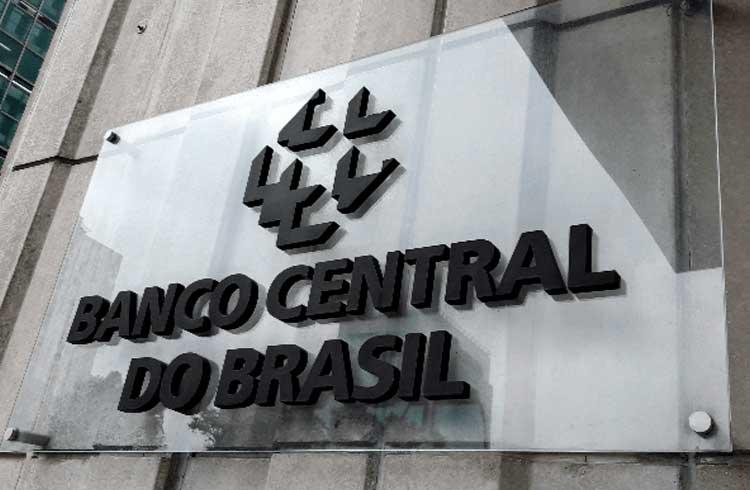 """CADE e Bacen proíbem pagamentos via WhatsApp para """"preservar competição"""""""