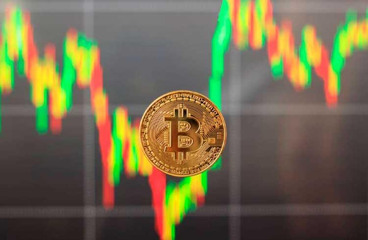 Bitcoin registra em julho maior alta dos últimos 8 anos