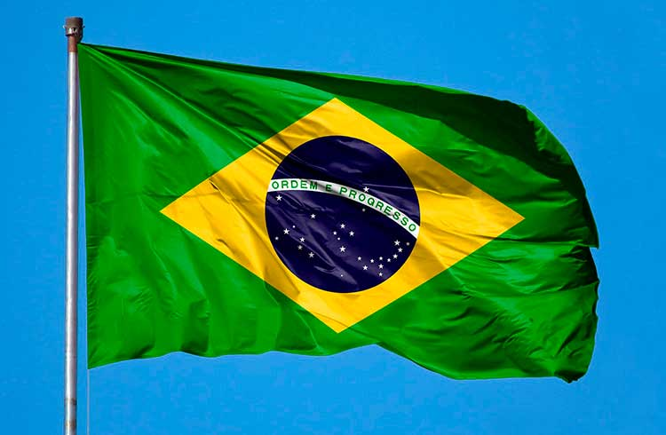 Brasileiros preferem guardar Bitcoin, aponta enquete