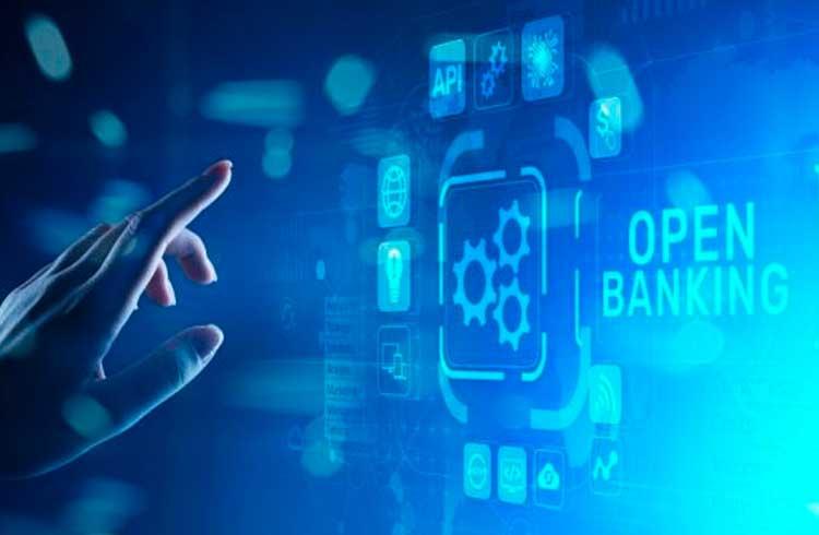 Stone oferece curso gratuito sobre Open Banking no Brasil