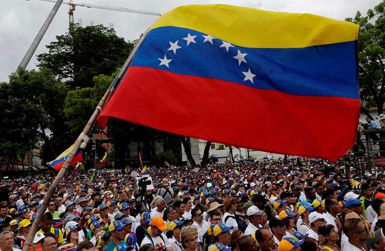 Venezuela é o país que mais usa criptomoedas na América Latina, revela pesquisa