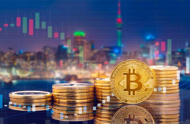 Bitcoin pode chegar a R$ 200 mil em dezembro, revela estudo
