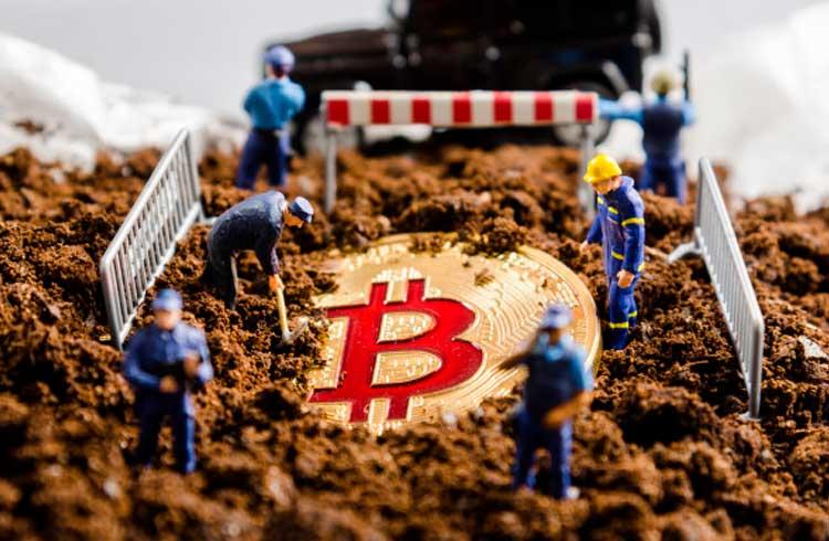 Mineração em alta: Bitcoin atinge novo recorde de hash rate