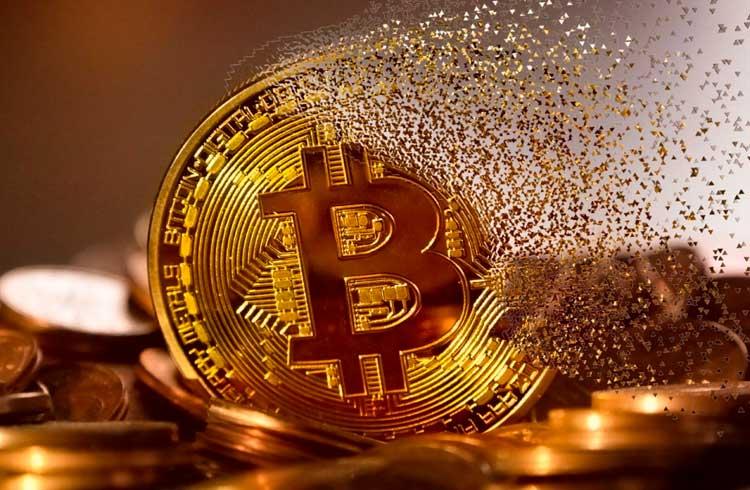 Pirâmide rouba R$ 5,4 milhões em Bitcoin com papo de coach